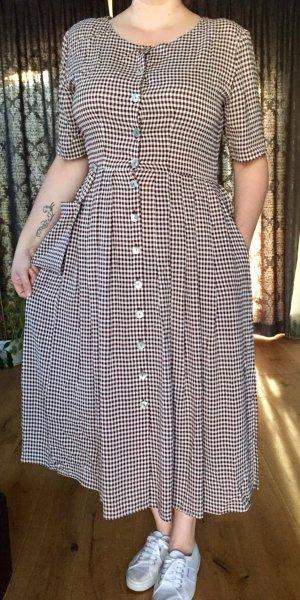 Luftiges Landhauskleid von Swing, bordeauxrot-weißes Vichykaro, Gr.46