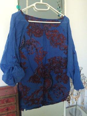 Luftiges Shirt in blau-rot