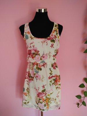 Luftiges Sommerkleid mit Blumenprint (K4)