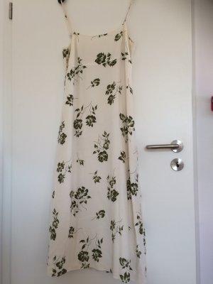 Luftiges Sommerkleid mit filigranen Trägern,