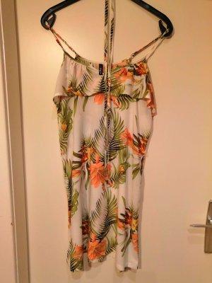 luftiges Sommerkleid mit tropischem Blumenprint in grün und aprikot