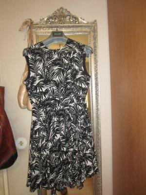 luftiges Sommerkleid vom H&M