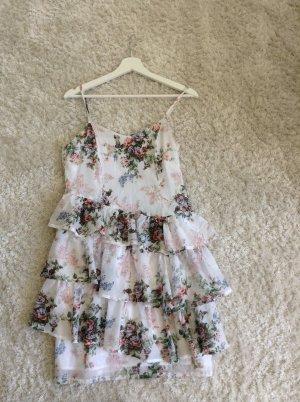 Luftiges Sommerkleid von Makena Lei!