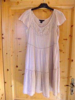 luftiges Sommerkleid zu verkaufen