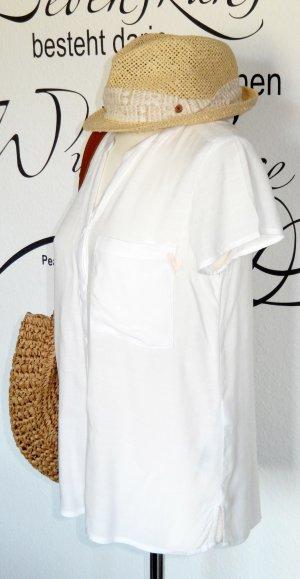 Luftiges, weißes Blusenshirt mit süßer Stickerei (kurze Ärmel, 100% Viskose) - NEU!!