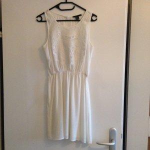 Luftiges weißes Kleid von Forever 21
