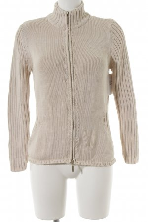 Luisa Cerano Strickjacke creme Street-Fashion-Look