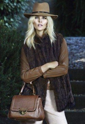 Luisa Spagnoli (Italy) Hut  100% Wolle  New mit Etikett!