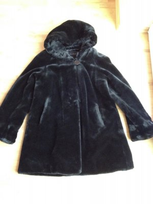 Luxuriöser Mantel aus Kunstpelz