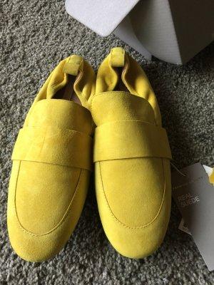 HM Mocassins jaune daim