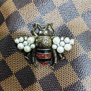 Luxus Designer Bienen Brosche mit Perlen und Steinen