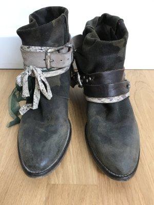 Luxus Elena Iachi Ankle Cowboy Boots camouflage