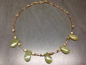 Luxus Halskette mit echten Jade Tropfen