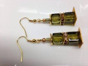Luxus Ohrhänger mit Swarovski und Crackle Crash Würfeln Glas vergoldet