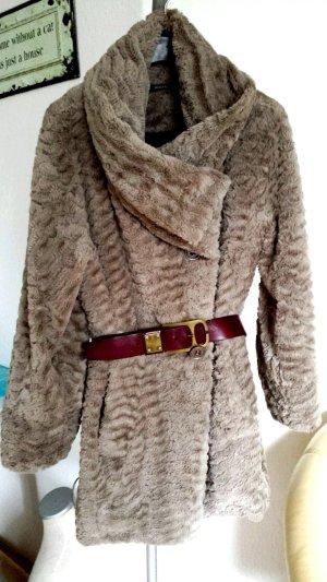 Luxus Sonja Marohn  Designer Mantel Pelzmantel Fake Fur wie Nerz Nude leicht und warm
