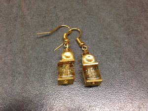 Luxus Würfel Ohrringe mit goldfarbenen Crackle Crash und Stardust Würfeln