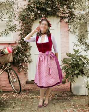 Dirndl purple-light pink