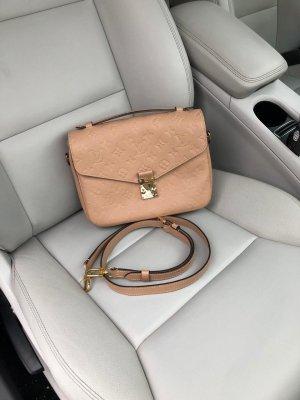 Louis Vuitton Sac à main rose chair cuir