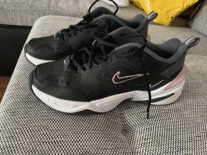 M2K TEKNO-Sneaker low-Black/plum chalk/dark grey/summit white