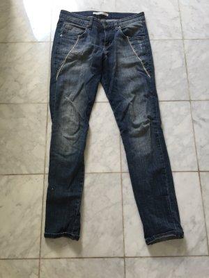Mac Boyfriend Jeans mit Metallkettchen Destroyed