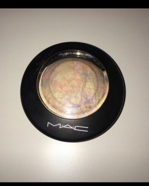 MAC Highlighter Lightscapade