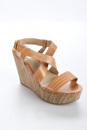 Madame Valentine Wedge Sandals light brown beach look