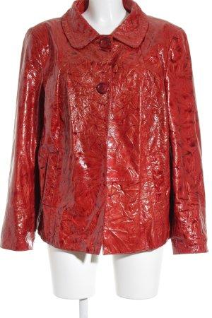 Madeleine Lederjacke rot-dunkelrot Batikmuster extravaganter Stil