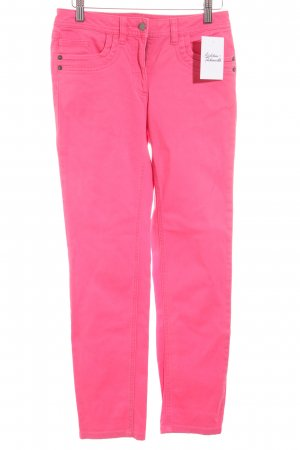 Madeleine Röhrenjeans pink klassischer Stil