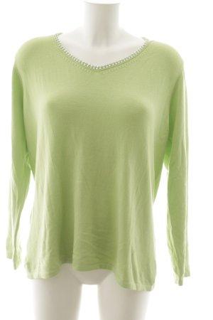 Madeleine Jersey con cuello de pico verde pradera look casual