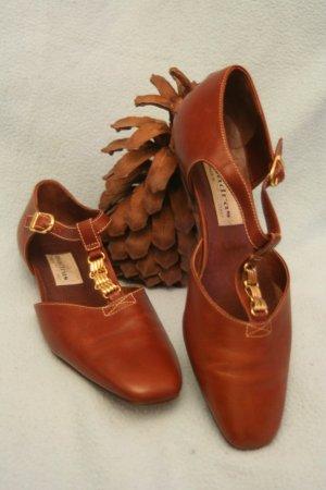 Zapatos de tacón con barra en T coñac-color oro