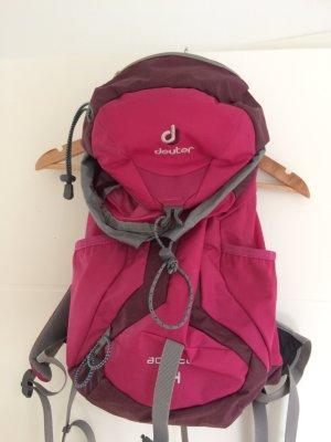 Mädchen Rucksack der Firma Deuter