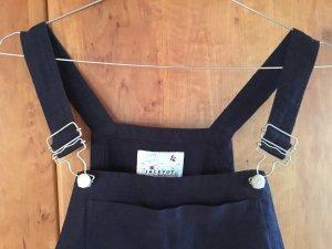 Mädchenhaftes Trägerkleid aus Leinen