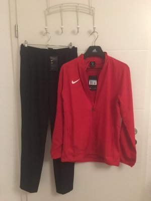 Nike Suit black-red