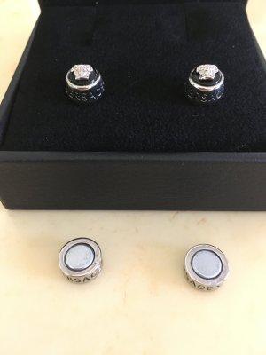 Magnetische Ohrringe von Versace