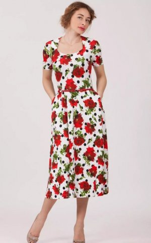 Magnolica Kleid mit Taschen, Gürtel, weit schwingendem Rock 38