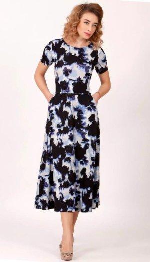 Magnolica Kleid mit Taschen Gürtel & weit schwingendem Rock 42