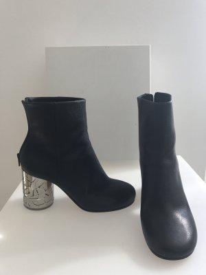 Maison Martin Margiela Boots Stiefeletten schwarz Leder dG 38 Metallabsatz