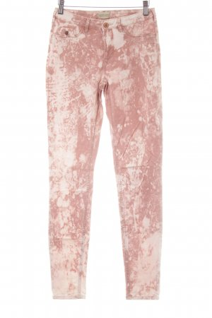 Maison Scotch Lage taille broek stoffig roze batik patroon casual uitstraling