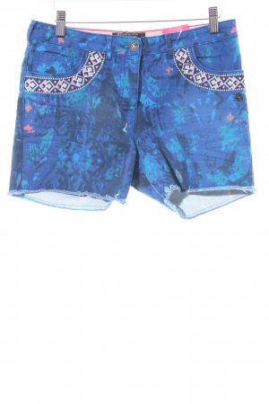 Maison Scotch Shorts abstract pattern casual look