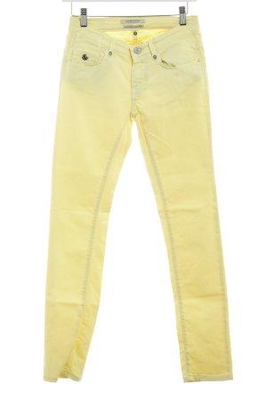Maison Scotch Slim Jeans blassgelb Casual-Look