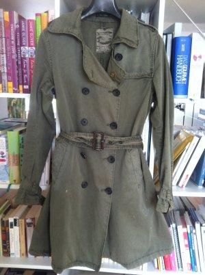 Maison Scotch Trenchcoat, khaki Street-Fashion-Look