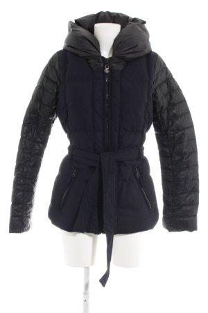 Maison Scotch Winterjacke schwarz-dunkelblau schlichter Stil