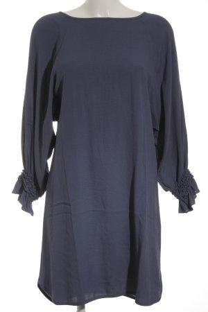 Maje Blusenkleid stahlblau Street-Fashion-Look