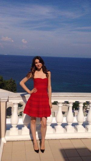 Maje Kleid in rot für viele Anlässe