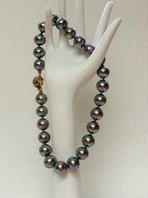 Collar de perlas color plata
