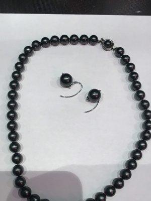 Mallorca /Perlen und Perlenkette