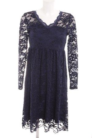Mama licious Spitzenkleid schwarz-dunkelblau florales Muster Elegant