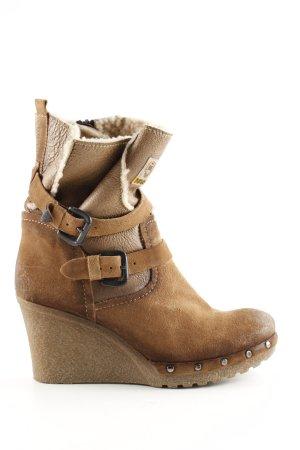 Manas Wedge Booties brown extravagant style