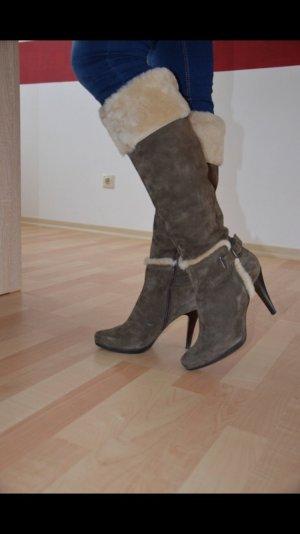 MANAS Stiefel mit Felleinsatz