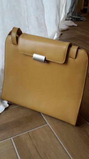 Mandarina Duck Tasche zeitlos und elegant